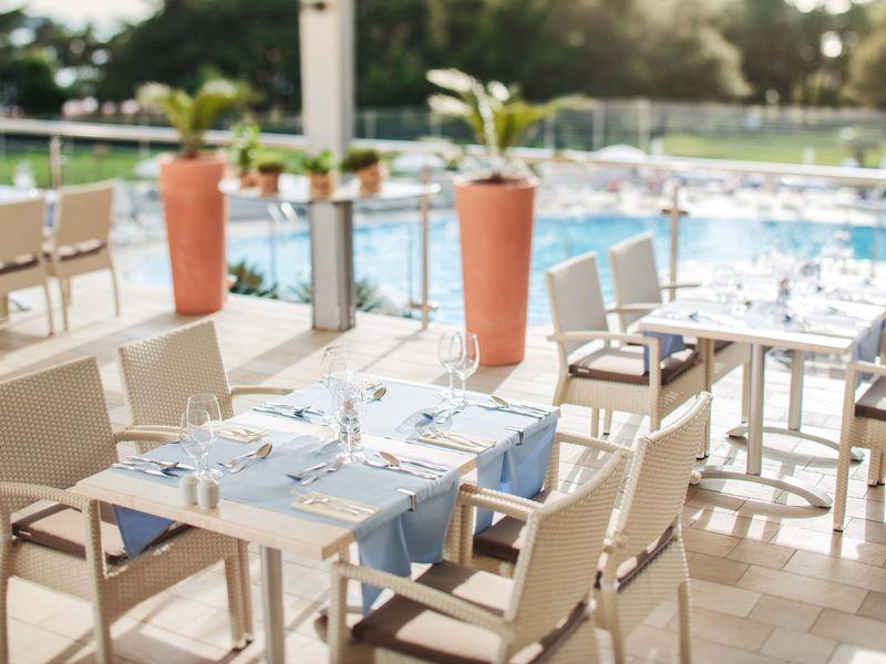 Photos_Porec_Valamar_Zagreb_Hotel_4_Valamar_Zagreb_Hotel_Restaurant.jpg